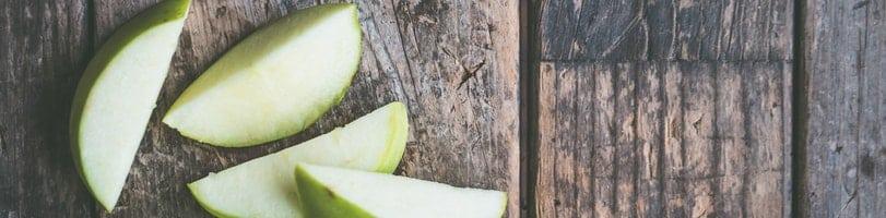 2 ingredient snacks-sliced apple