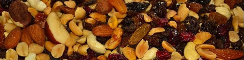 2-ingredient-snacks-trail-mix