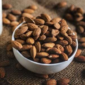 superfoods to eat with phentermine almonds